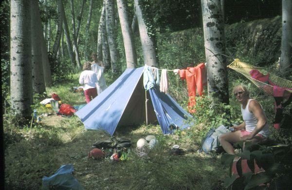 1er campement près de Poirelle - juin / juillet 89