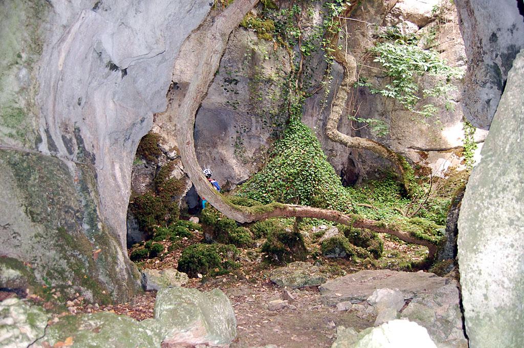 Grotte de la Roche Percée